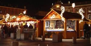 """Le inconfondibili """"casette"""" dei Mercatini di Natale di Bolzano"""